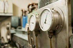 Calibre de pressão, ascendente próximo do instrumento de medição Imagens de Stock