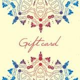 Calibre de vecteur de carte cadeaux avec le modèle de mandala Carte ou invitation Éléments décoratifs de cru illustration de vecteur