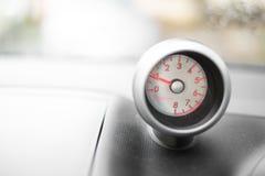 Calibre do painel do veículo - RPM - revoluções pelo minuto imagens de stock