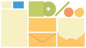 Calibre stationnaire, enveloppe, couverture CD, stylo, carte Images libres de droits