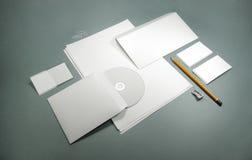Calibre vide pour des cartes de visite professionnelle de visite, en-têtes de lettre, enveloppes Photographie stock libre de droits