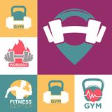Calibres de logo de centre de sport de gymnase et de centre de fitness ou de séance d'entraînement réglés illustration libre de droits