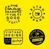 Calibres de logo de vintage sur le fond jaune Denim de vintage, habillement, conceptions d'habillement illustration stock
