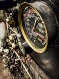 Calibres de pressão a bordo do navio submarino Fotografia de Stock