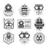 Calibres noirs et blancs de conception de signe de club sous-marin d'aventure de plongée à l'air avec des silhouettes des textes  Photographie stock