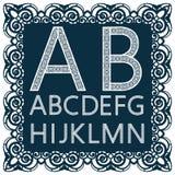 Calibres pour couper des lettres Alphabet anglais en entier Peut être employé pour la coupe de laser Images stock