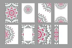 Calibres pour des cartes de visite professionnelle de salutation et de visite, brochures, couvertures avec des motifs floraux illustration libre de droits