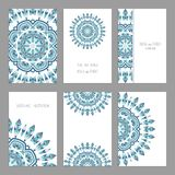 Calibres pour des cartes de visite professionnelle de salutation et de visite, brochures, couvertures avec des motifs floraux illustration de vecteur