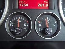 Calibro di combustibile e di temperatura Fotografie Stock Libere da Diritti
