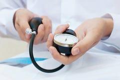 Calibro di pressione sanguigna Fotografia Stock Libera da Diritti
