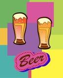 Calice di vetro con birra e schiuma Fotografia Stock