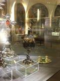Calice unique de la masse de vigne sur l'affichage dans la basilique à Rome photographie stock libre de droits