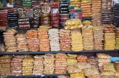 CALICUT LA INDIA - 27 DE JULIO: parada del bocado en CALICUT El lugar de Calicut es centro comercial grande en Kerala en julio, 2 Fotos de archivo libres de regalías