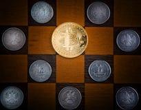 Calidad del estudio de la moneda del bitcoin del oro imagen de archivo libre de regalías