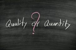 Calidad o cantidad Imágenes de archivo libres de regalías