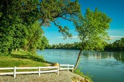 California, il fiume Sacramento fotografie stock libere da diritti