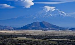 california krajobrazu góry shasta Obrazy Royalty Free