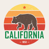California t-shirt with grizzly bear. T-shirt graphics, design, print, typography, label, badge. Royalty Free Stock Images