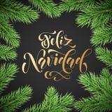 Caligrafia dourada tirada mão de Feliz Navidad Spanish Merry Christmas na decoração da grinalda do ramo do abeto e na festão do N ilustração royalty free