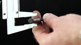 Caliper dostaje pomiar śruba zbiory wideo