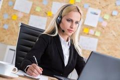 Call-Center-Betreibercomputer Lizenzfreie Stockbilder