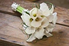 Callas, die Blumenstrauß heiraten Lizenzfreie Stockfotografie