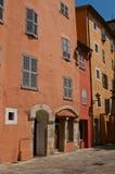 Calle acogedora en hierba Fotografía de archivo