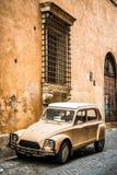 Calle antigua en Roma Fotografía de archivo libre de regalías