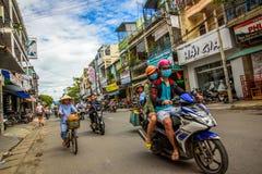Calle asiática de la ciudad fotografía de archivo libre de regalías