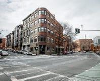 Calle comercial en el distrito de North End de Boston en invierno Foto de archivo libre de regalías