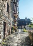 Calle con las casas medievales Foto de archivo libre de regalías