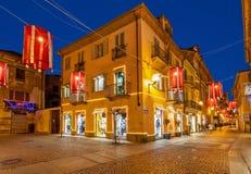 Calle de Alba en la noche Fotografía de archivo