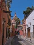 Calle de Aldama en San Miguel de Allende, MÉXICO Imagen de archivo libre de regalías