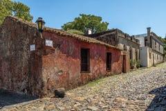 Calle de Calle de los Suspiros Sighs - del Sacramento, Uruguay de Colonia imagenes de archivo