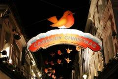 2013, calle de Carnaby con la decoración de la Navidad Fotografía de archivo