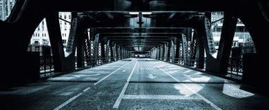 Calle de Chicago, blanco y negro foto de archivo