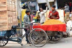 Calle de Delhi Fotos de archivo libres de regalías