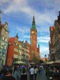Calle de Dluga en la ciudad Polonia de Gdansk Foto de archivo