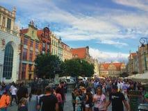 Calle de Dluga en la ciudad Polonia de Gdansk Imágenes de archivo libres de regalías