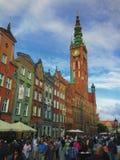 Calle de Dluga en la ciudad Polonia de Gdansk Imagen de archivo libre de regalías