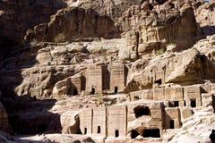 Calle de fachadas en el Petra Fotos de archivo