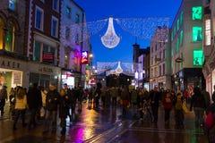 Calle de Grafton en la noche. Dublín. Irlanda fotografía de archivo