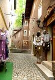 Calle de Kufstain - oufits típicos del Bavarian Foto de archivo