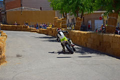 Calle de la bici que compite con el pie abajo Foto de archivo
