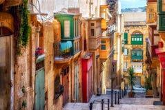 Calle de la ciudad de La Valeta Foto de archivo libre de regalías