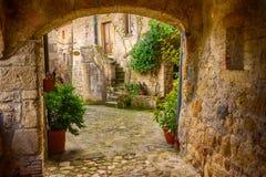 Calle de la ciudad de Sorano Imágenes de archivo libres de regalías