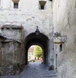 Calle de la ciudad medieval Imagen de archivo libre de regalías