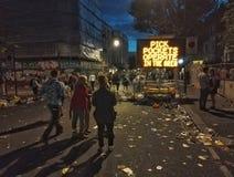 Calle de la cubierta de los desperdicios del carnaval de Notting Hill Fotografía de archivo