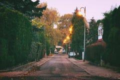 Calle de la mañana en otoño Fotos de archivo