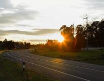 Calle de la noche. Imagen de archivo libre de regalías
